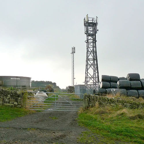 Why are farmers turning away from telecoms mast agreements?